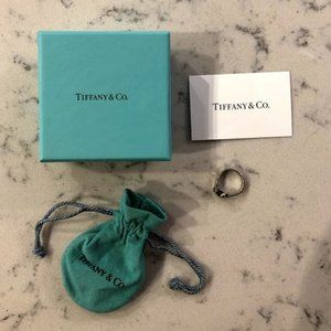 Tiffany & Co. 18k Hook Eye Ring